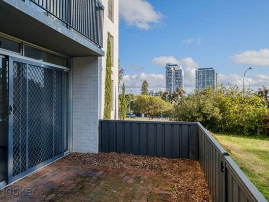 38 Waterloo Crescent, East Perth