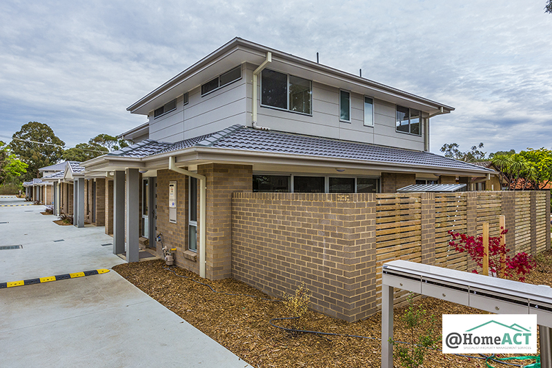 2/10 Clark Close, Spence ACT 2615, Image 0