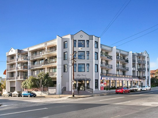 18/529 New Canterbury Road, Dulwich Hill