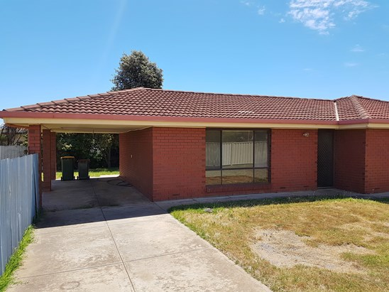 Address available on request, Port Noarlunga South