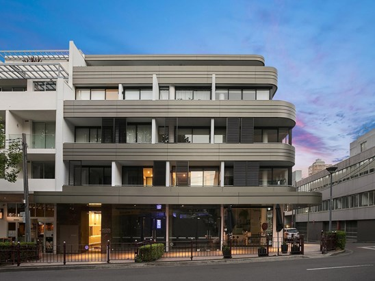 202/9 Young Street, Neutral Bay