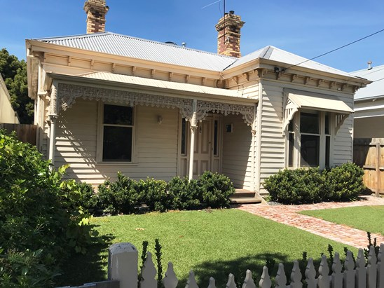 35 Waratah Street, Geelong West