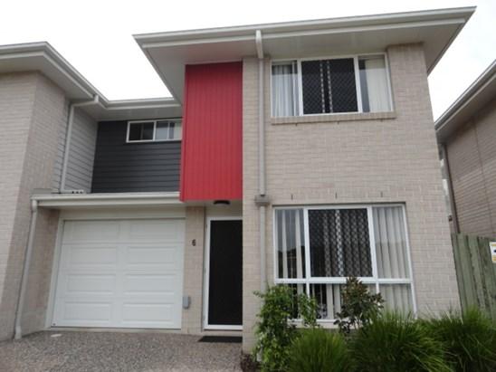8 Colvin Street, Toowoomba