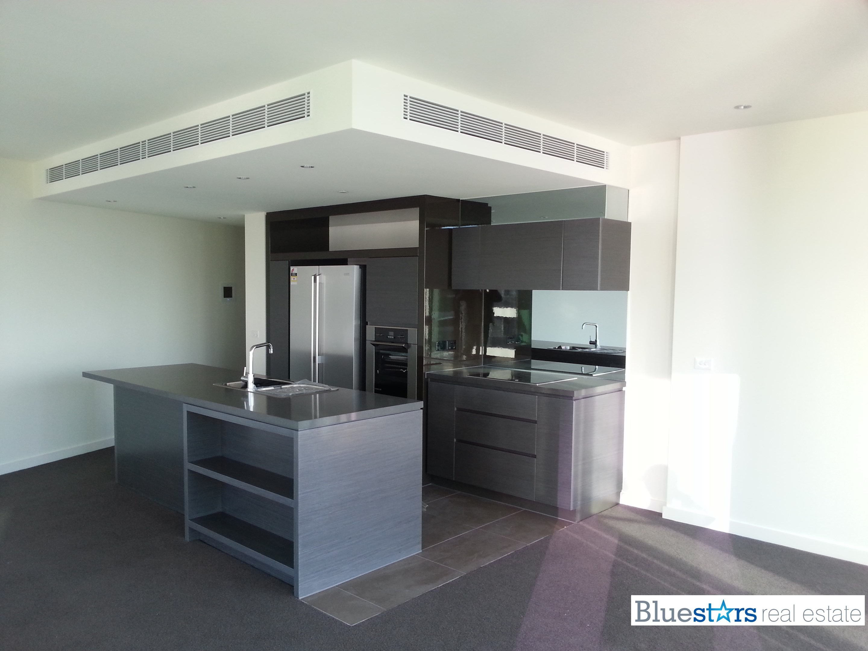 105/8 Waterside Place, Docklands VIC 3008 - Apartment For ...