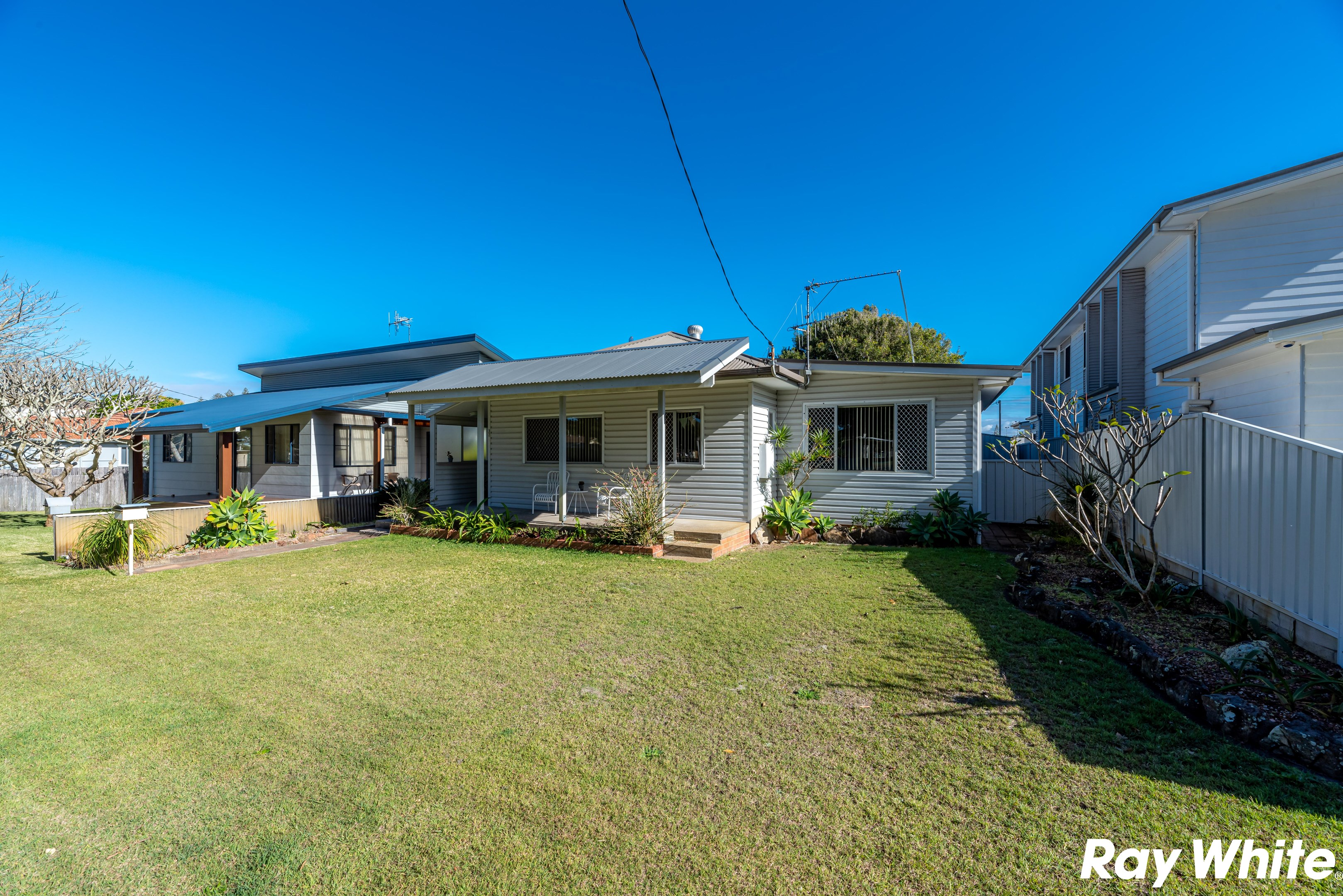 Property Report for 37 Beach Street, Tuncurry NSW 2428