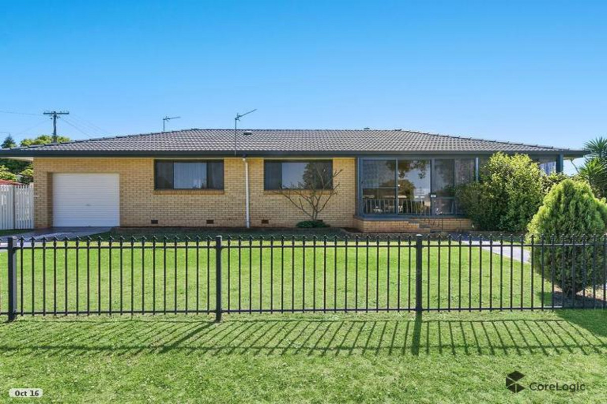 Property Report for 11 Honey Street, Harristown QLD 4350