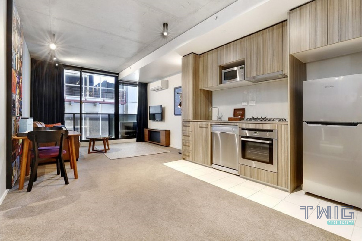 Furnished 1 Bedroom/17 Singers Lane, Melbourne VIC 3000 ...