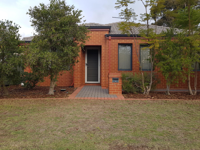 54A Westfield Road, Kelmscott WA 6111 - Villa For Rent ...