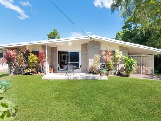 REDUCED! Now $320,000