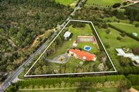 Picture of 220 Wooralla Drive, Mount Eliza