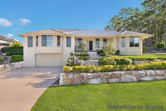 Price Guide $750,000 to $825,000.