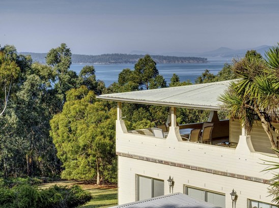 Offers over $850,000 welcome