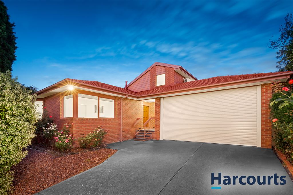 12 Somes Street, Wantirna South VIC 3152, Image 0