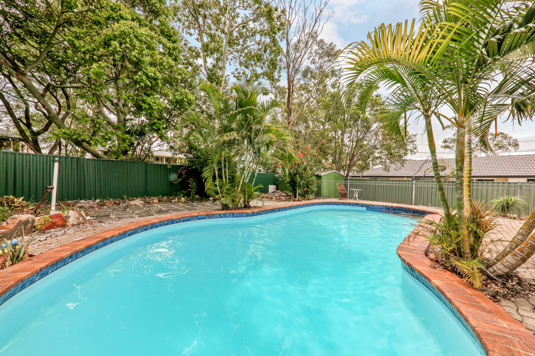 Offers Over $289,000