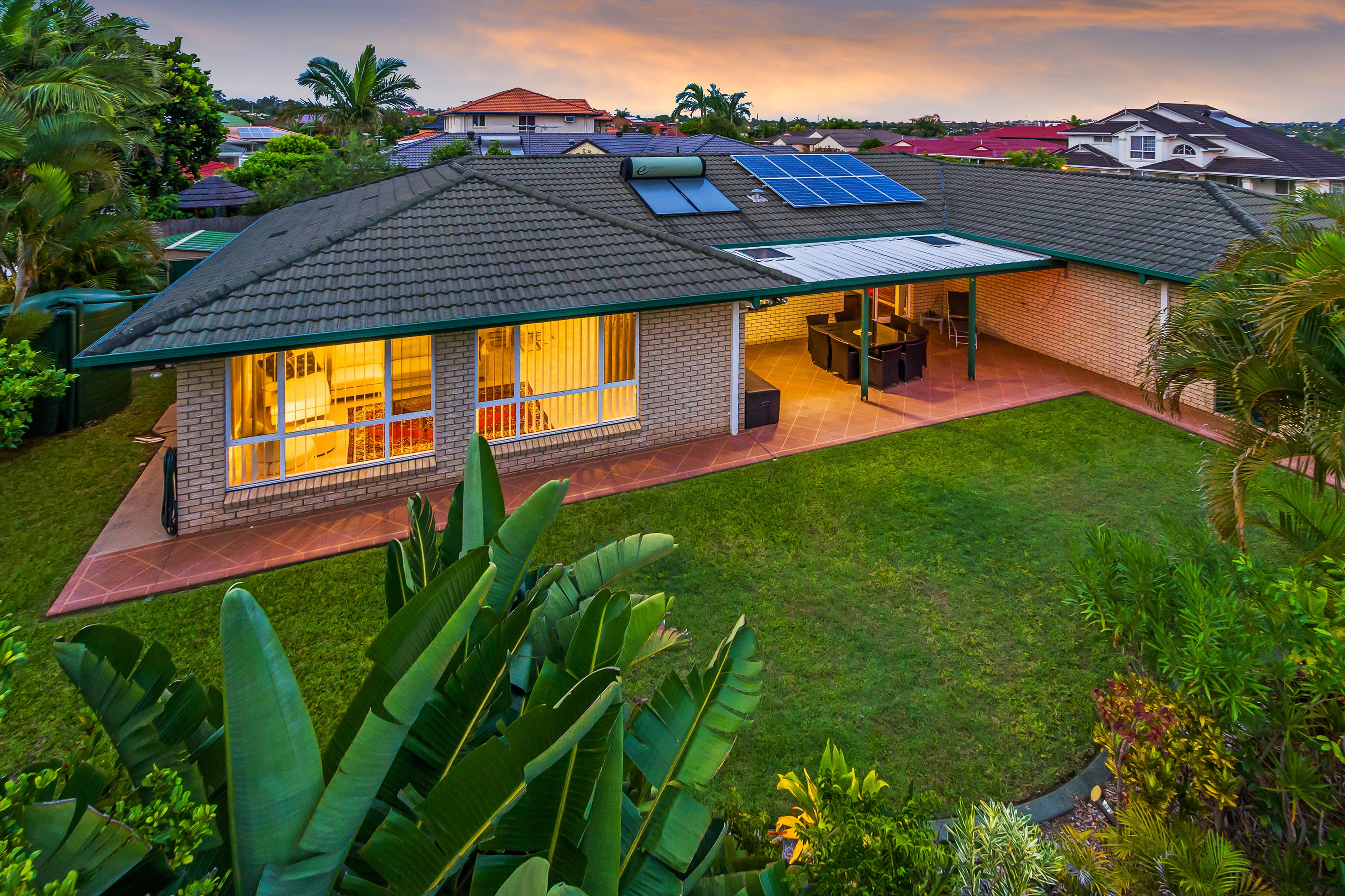 Ray White Stones Corner Real Estate Agency In Greenslopes Qld 4120