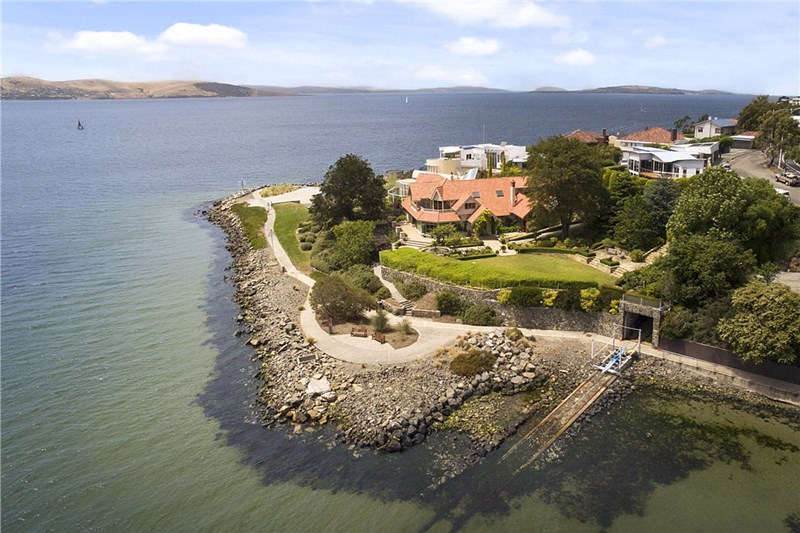 Picture of 650 Sandy Bay Road, Sandy Bay