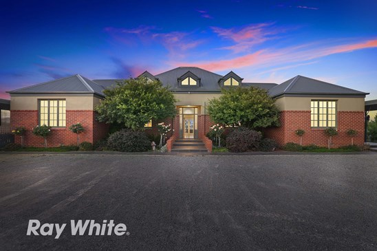 Terry Cleary, Ray White Lara. (under offer)