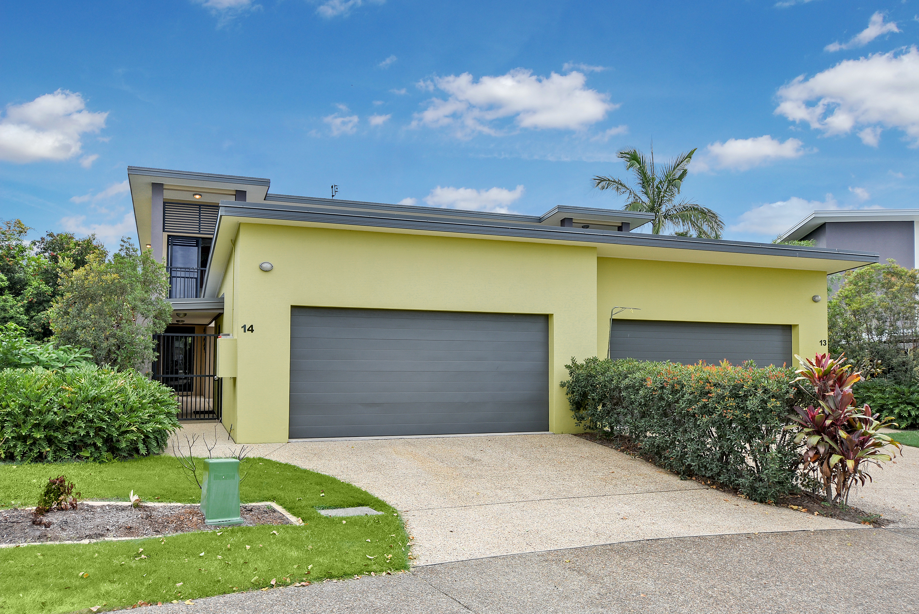 14 2 lakehead drive sippy downs qld 4556 townhouse for for Master down townhomes