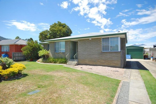Offers Over $190,000 (under offer)