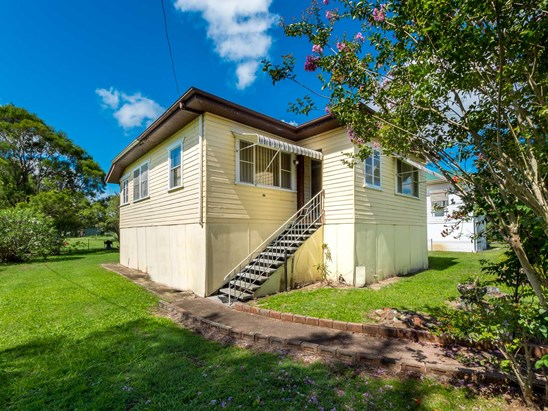 $220,000 negotiable (under offer)