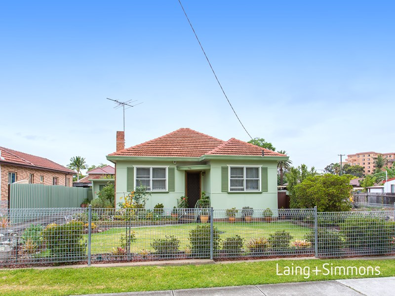 Picture of 168 Griffiths Avenue, Bankstown