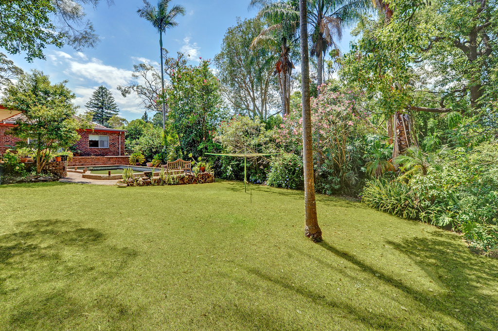 Property Report For 8 Queens Road Asquith NSW 2077