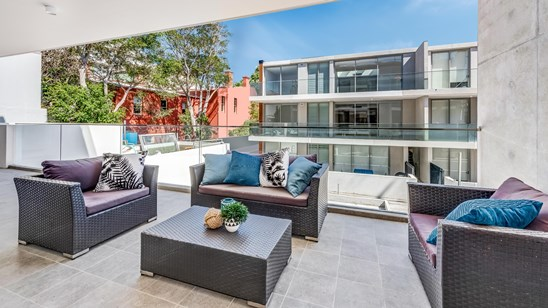 2 BR APARTMENT WITH CAR SPACE $1,675,000
