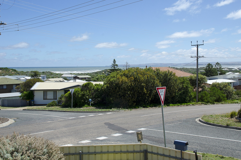 36 Neighbour Ave, Goolwa Beach