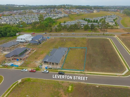 10 Leverton Street, Kellyville