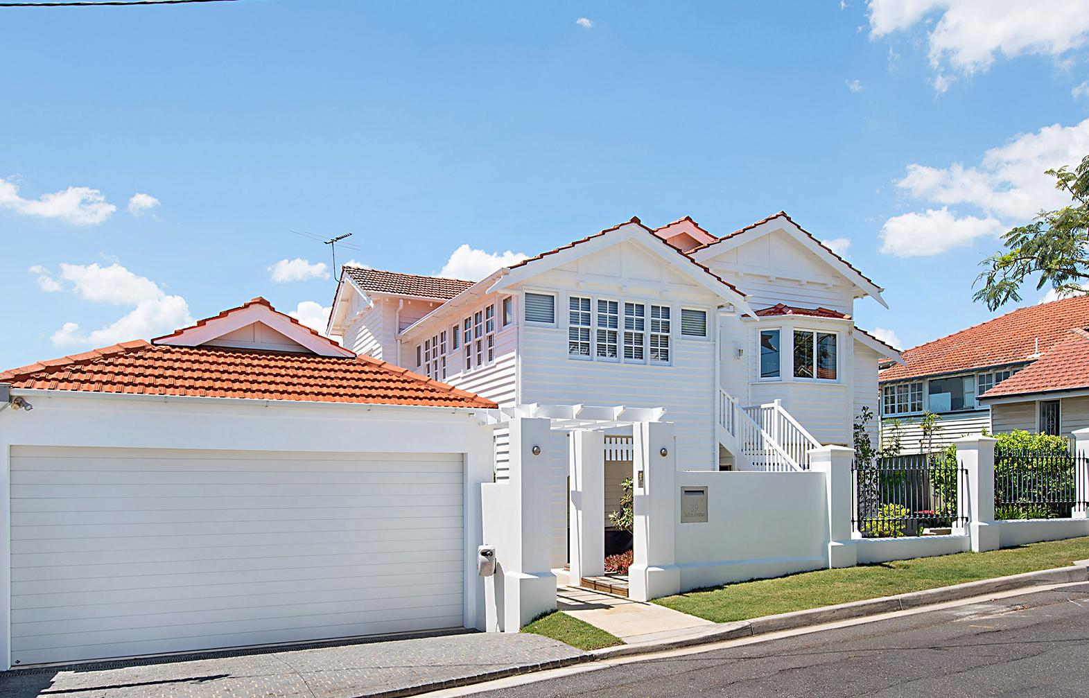 39 Sefton Ave, Clayfield