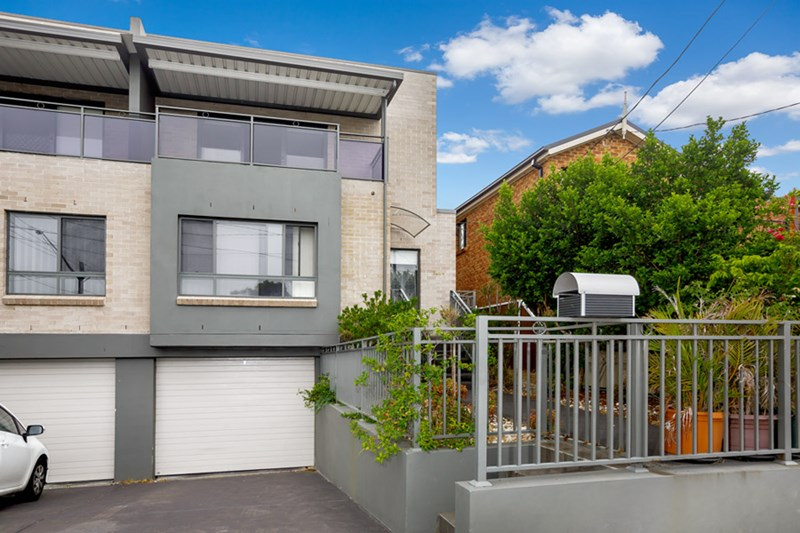 Picture of 124A Juno Parade, Greenacre