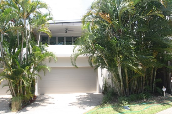 OFFERS OVER $749,000