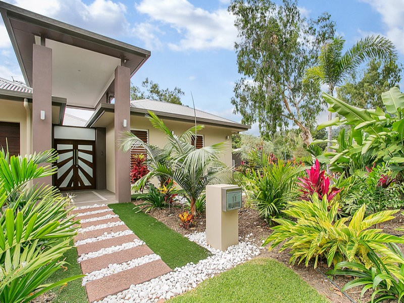 11 Silver Cres, Palm Cove QLD 4879, Image 0