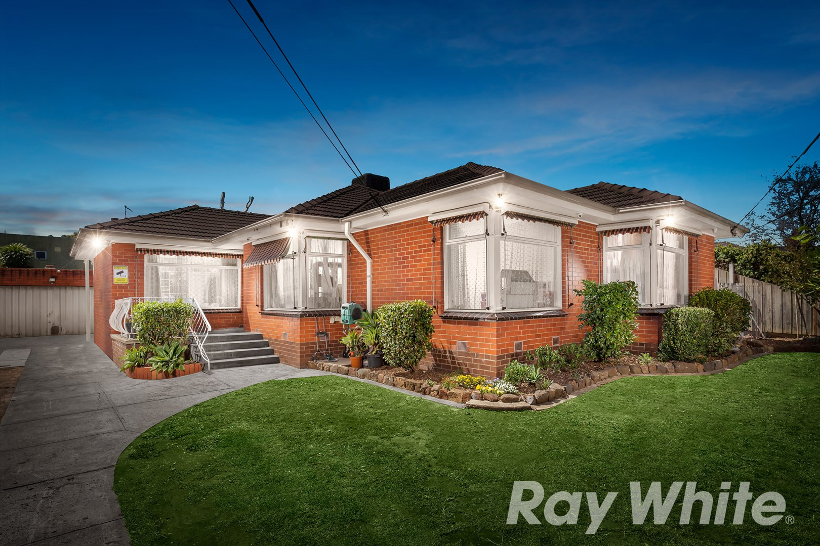 17 Merrick Crescent, Glen Waverley