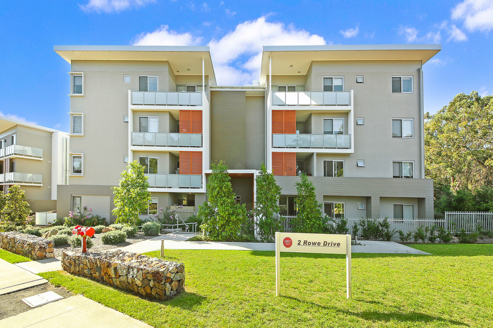 A101/2 Rowe Dr, Potts Hill