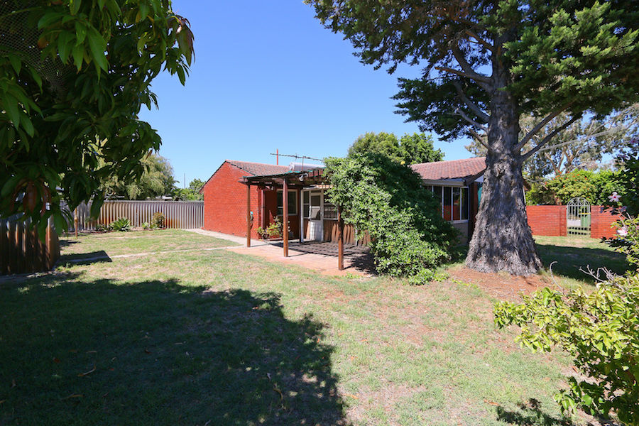 4 Cortis Way, Langford