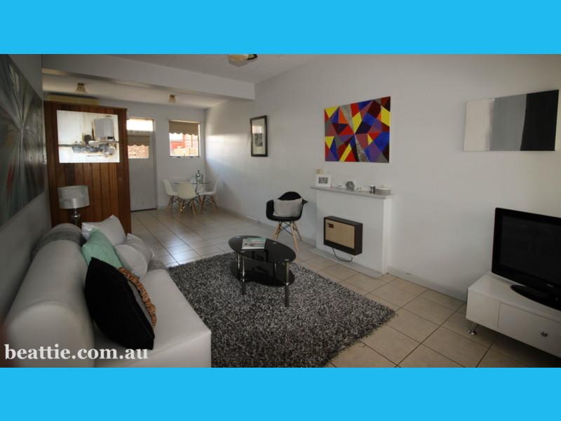 2/11 Davaar Place, Adelaide