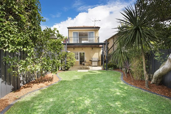 Buyers Guide $2.5m