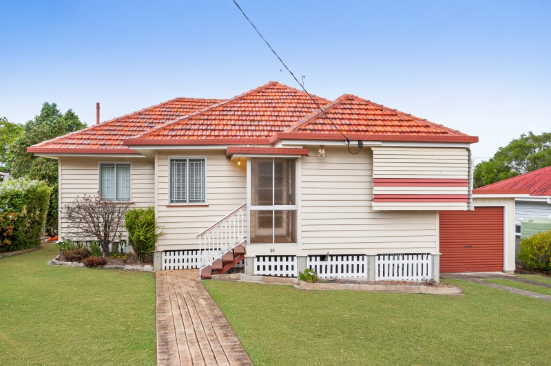 Tim davis ray white east brisbane real estate agent in for 125 the terrace wellington