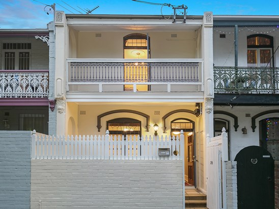 Auction, price  guide $1,900,000