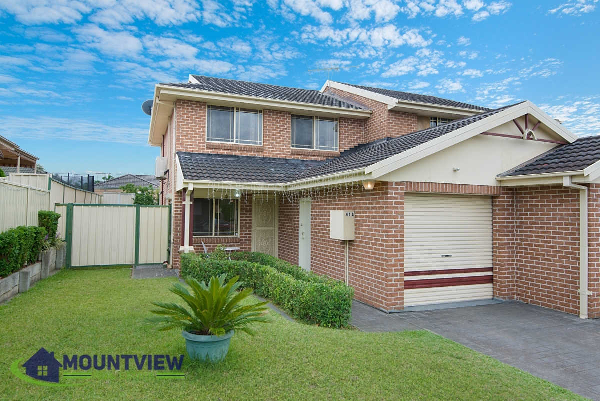61A Thompson Crescent, Glenwood