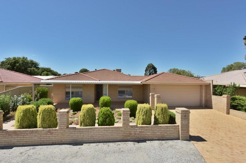 4 Spiers Place, Middle Swan