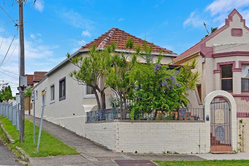 Picture of 16 Wollongong Rd, Arncliffe
