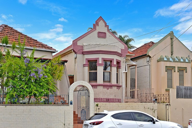 Picture of 18 Wollongong Rd, Arncliffe