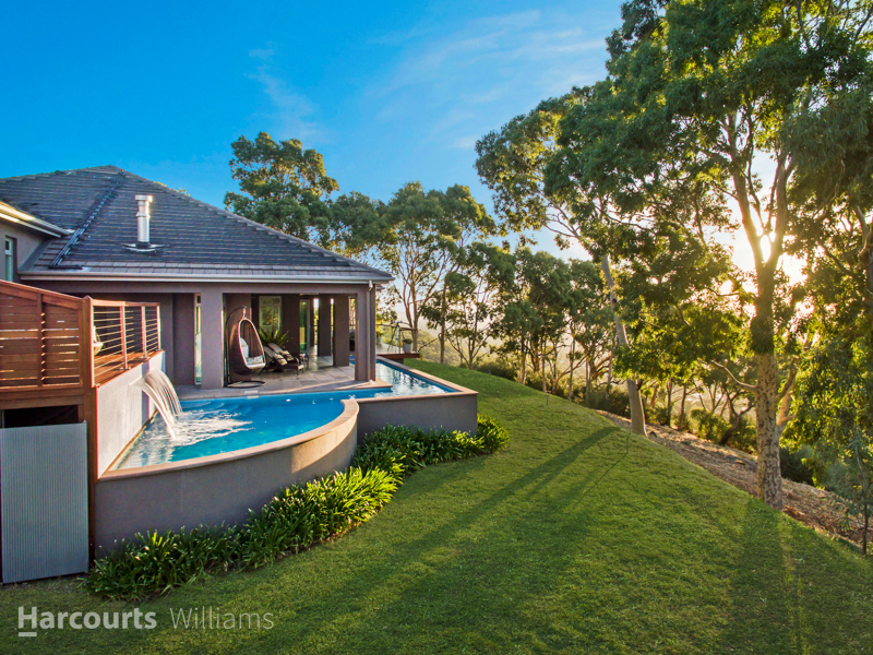 15 Saint Andrews  Avenue, Mount Osmond SA 5064, Image 0