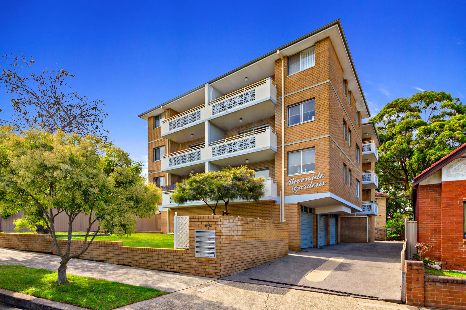 4/81-83 RIVERSIDE CRESCENT, Dulwich Hill