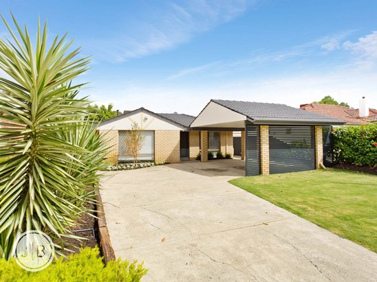 Offers in $800,000's (under offer)