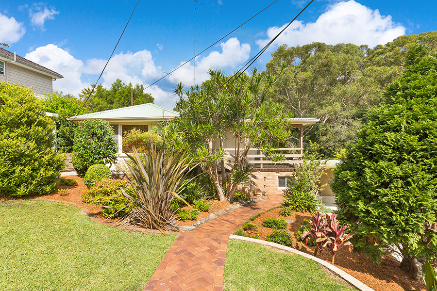 4 Peter Place, Gymea Bay