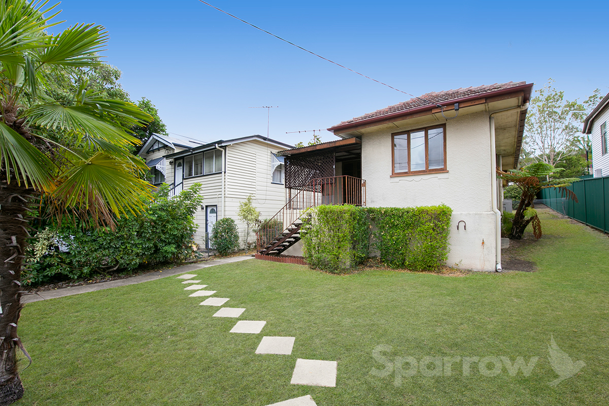 638 Logan Road, Greenslopes
