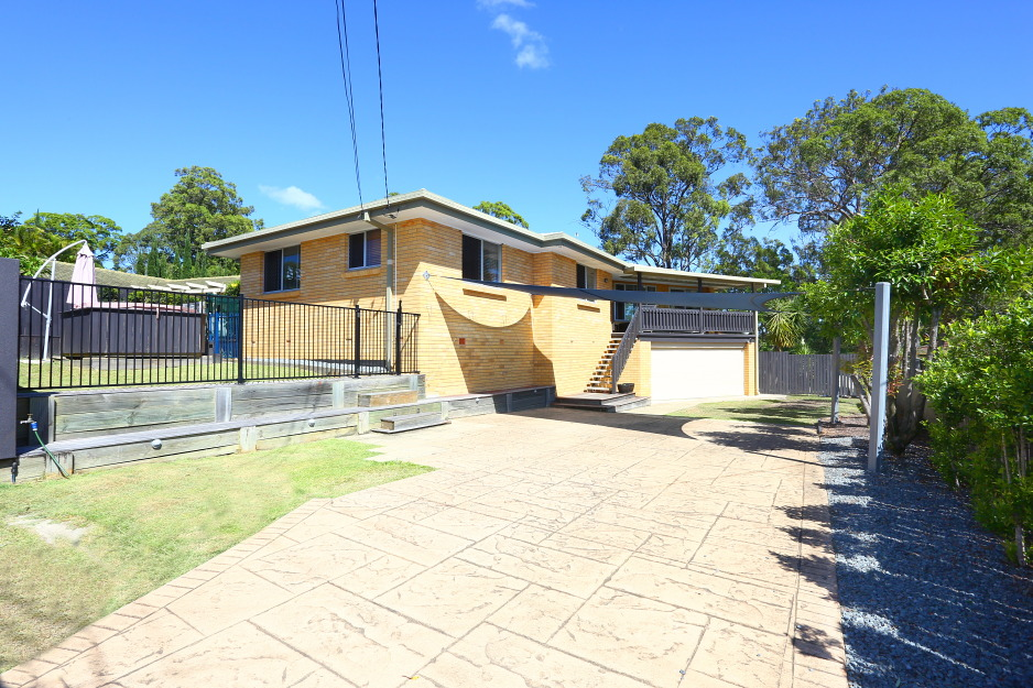 6 Bass Avenue, Molendinar